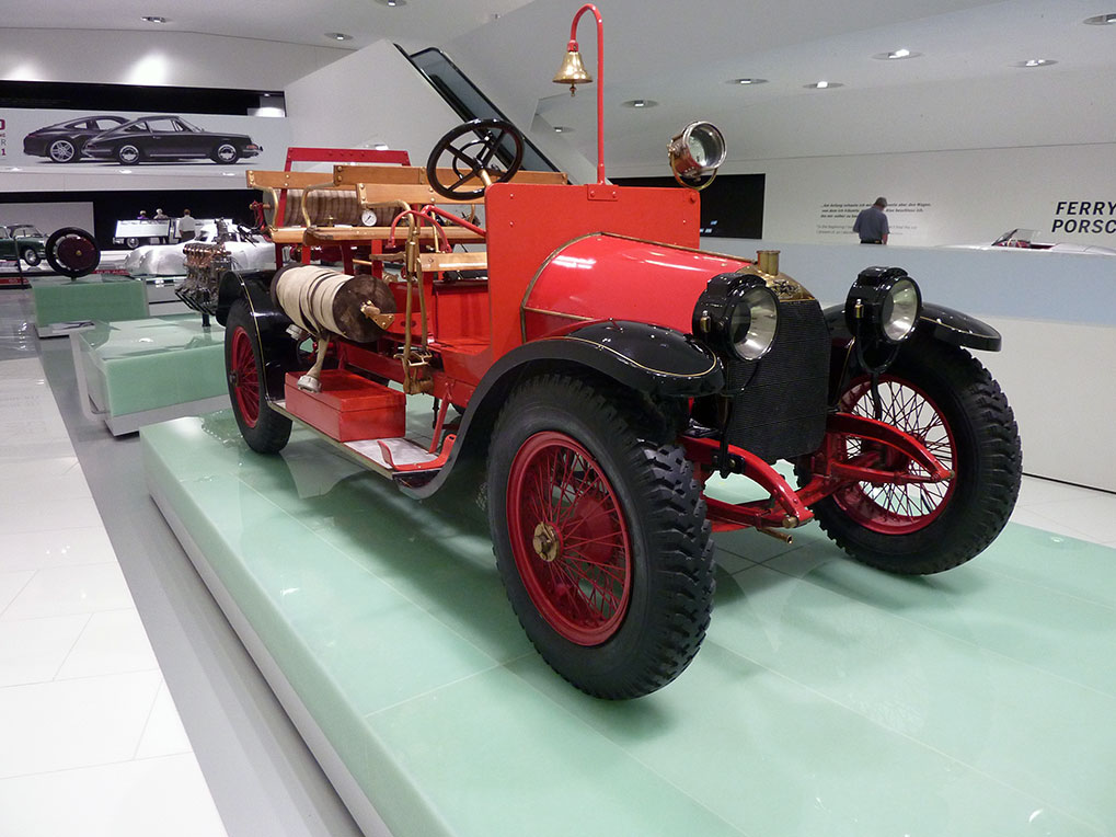 Музей Porsche Штуттгарт