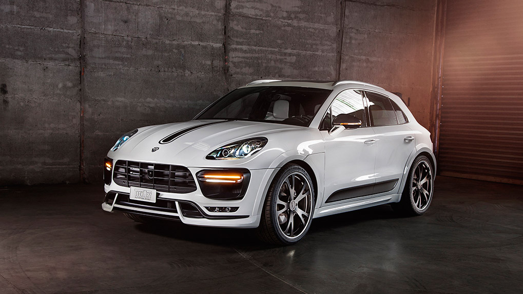 Porsche Macan Techart widebody Side skirts and wide fenders