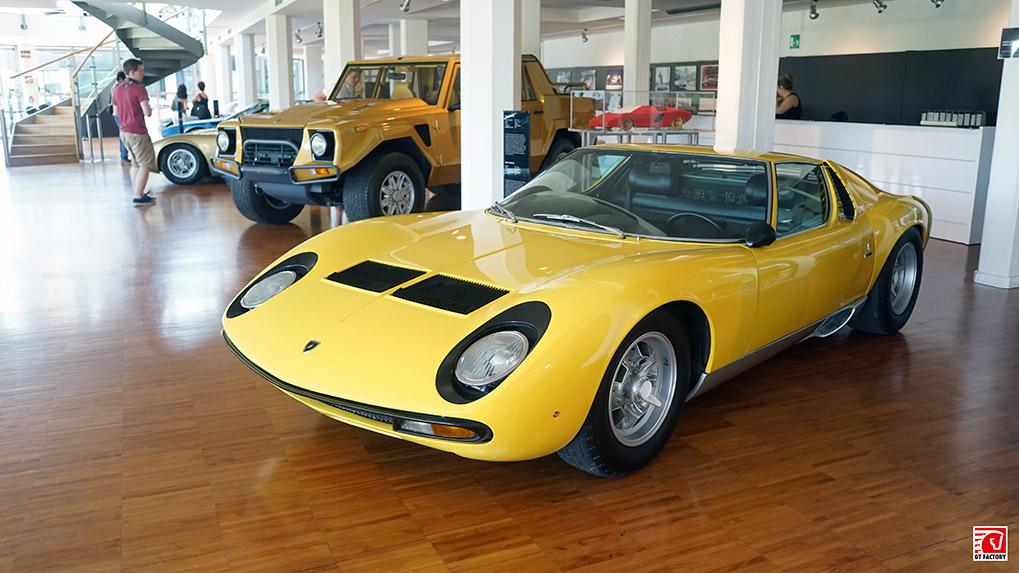 Музей Lamborghini Miura SV