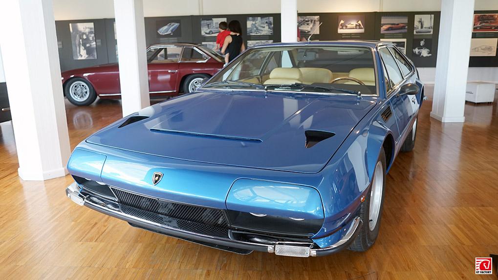 Музей Lamborghini Jarama 400 GT 2+2