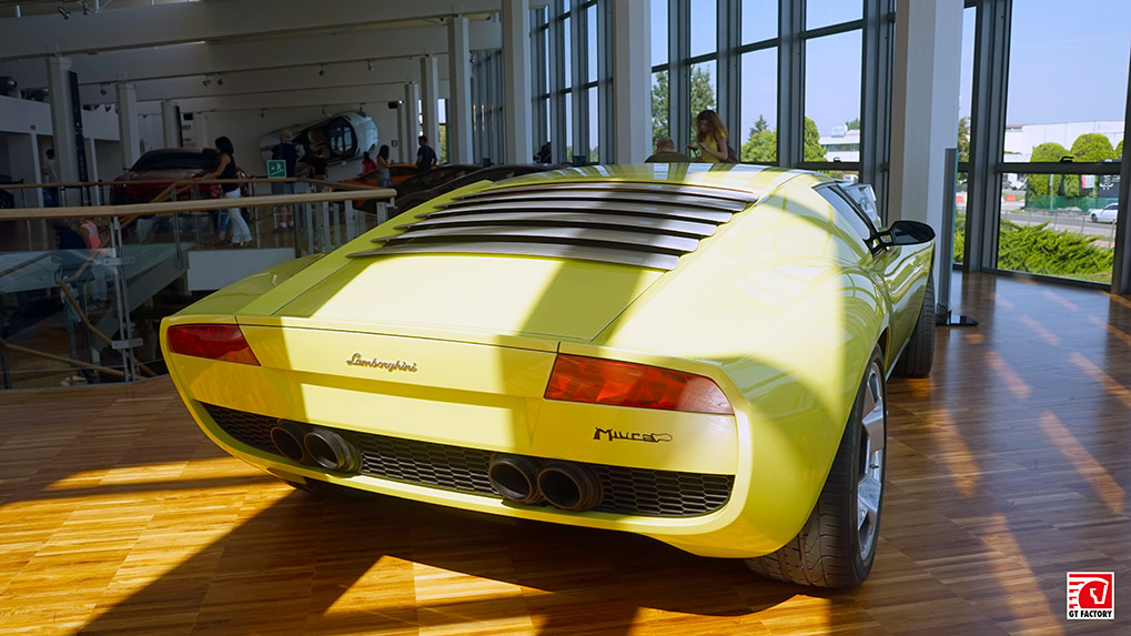 Музей Lamborghini концепт Miura