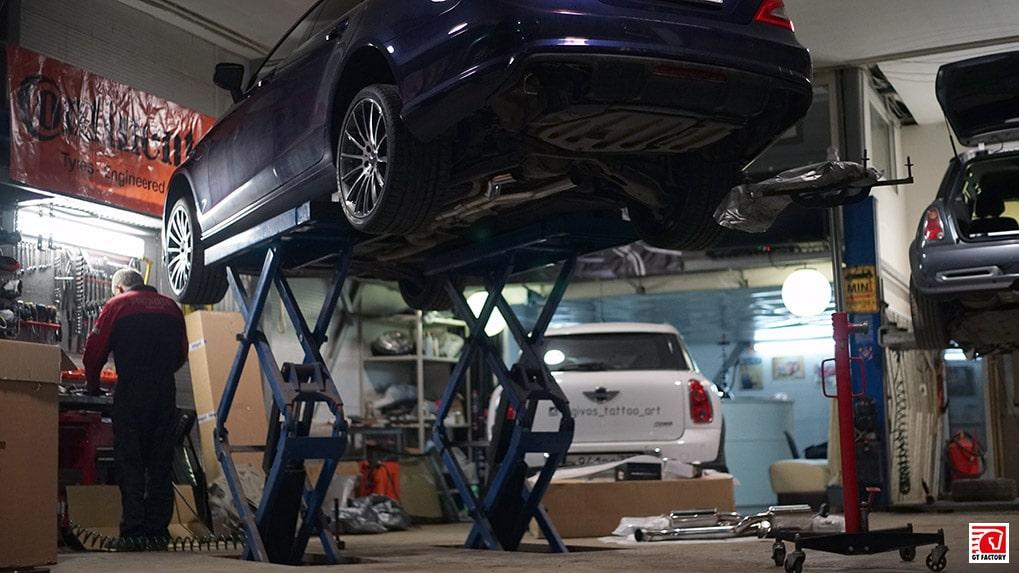 Mercedes-Benz cls500 Mistic Blue Metallic