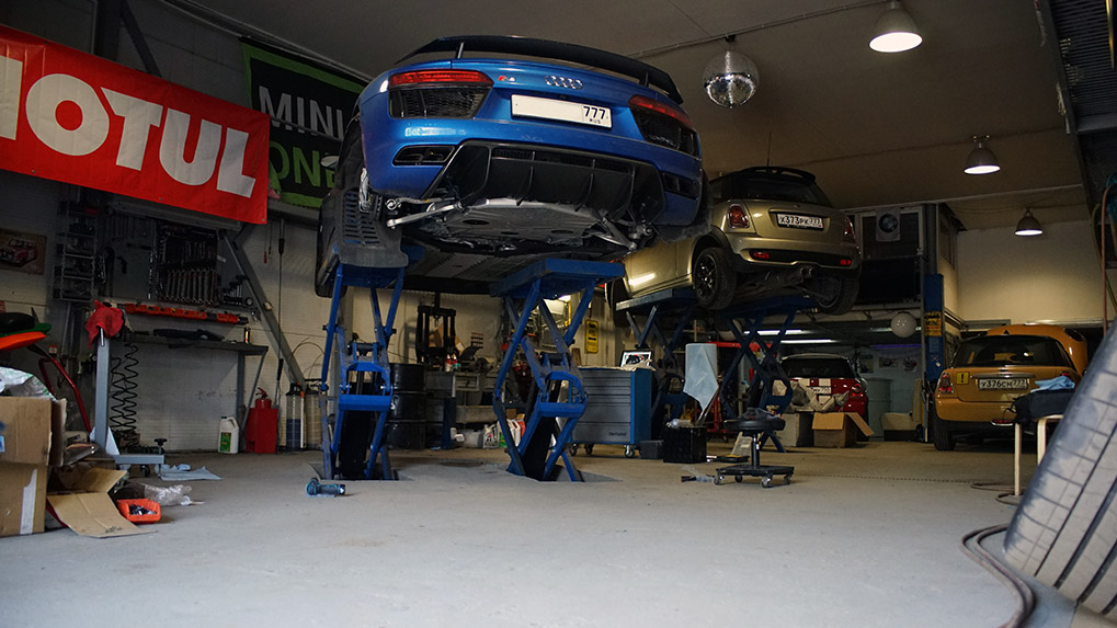 Capristo Audi R8 V10 Plus MY2016