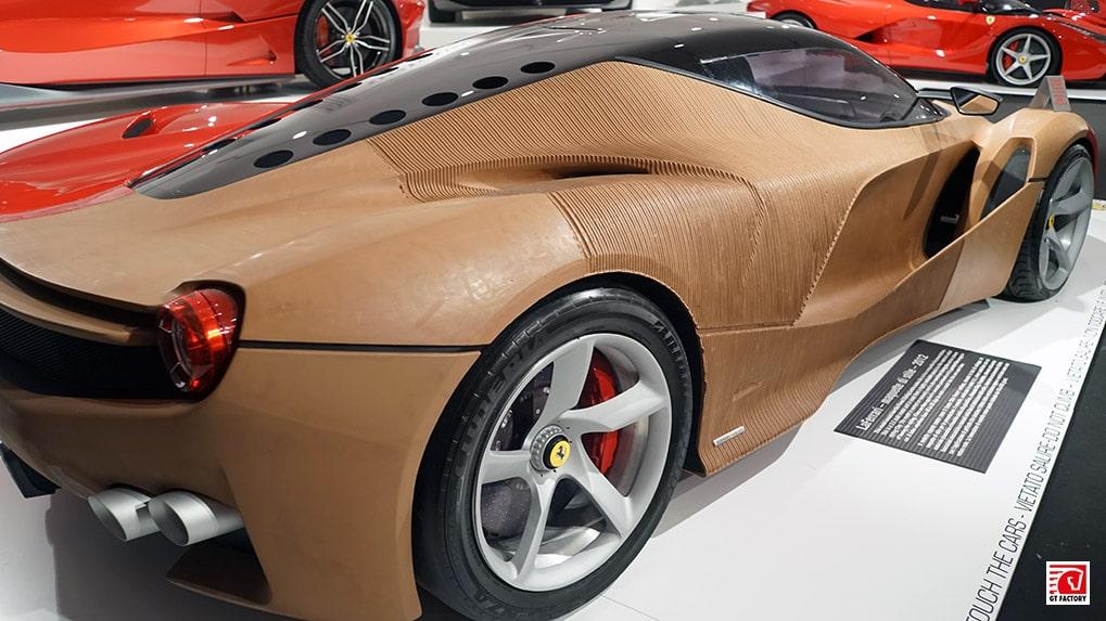 Музей Ferrari макет Laferrari