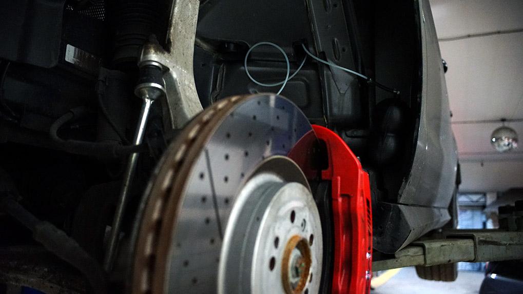 Mercedes-Benz ML63 W166 Brabus выхлопная система вакуумный ресивер
