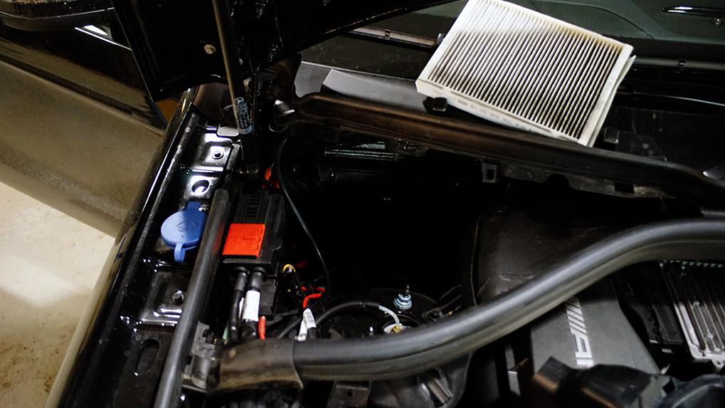 Mercedes-Benz ML63 W166 Brabus выхлопная система подключение к вакуумной и электрической системам автомобиля
