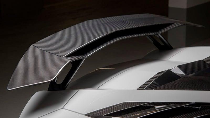 Double Rear Wing