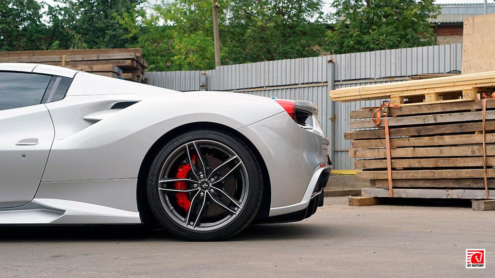 Novitec + iPE - комплексный тюнинг Ferrari 488 Spider