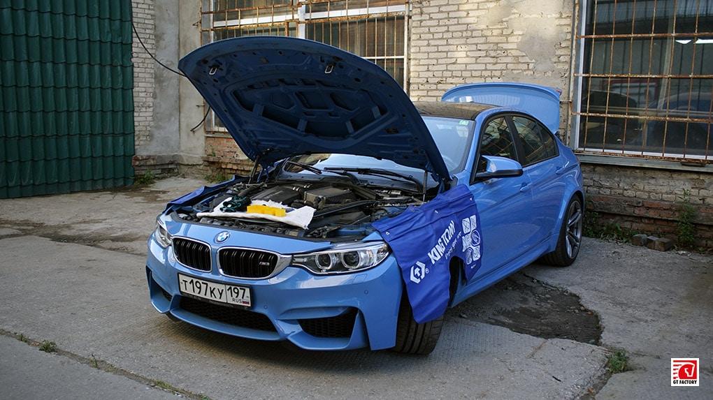 установка BMW M3 F80 Burger Motorsport JB4