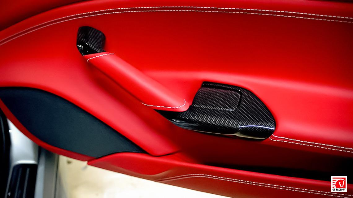 Карбоновый интерьер для Ferrari 488 Spider